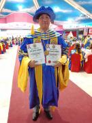 新加坡皇家学会为Atty. Alibogha授予皇家护士学院院士称号和皇家律师学院